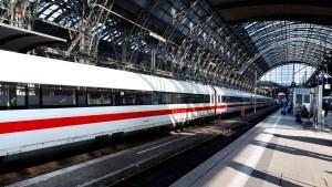 Bauteile aus ADI und Sphäroguss sind bei ICE und Intercity vielfältig im Einsatz als Sicherheitsbauteile