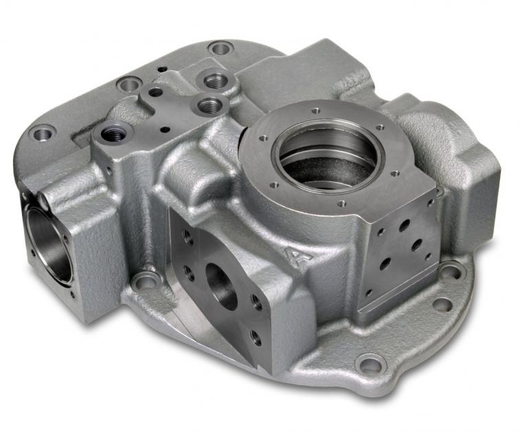 Kernintensive Sphärogussbauteile mit Hydraulik-Steuerfunktionen werden in großen Stückzahlen maschinengeformt gefertigt