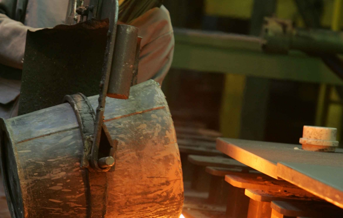 small molding line forms components in engineered cast iron up to 30 kg part weight.